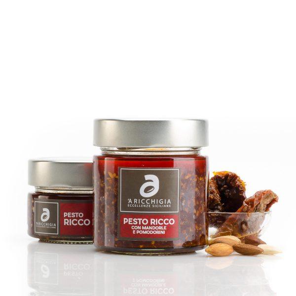 'A Ricchigia Tomaten-Mandel-Pesto